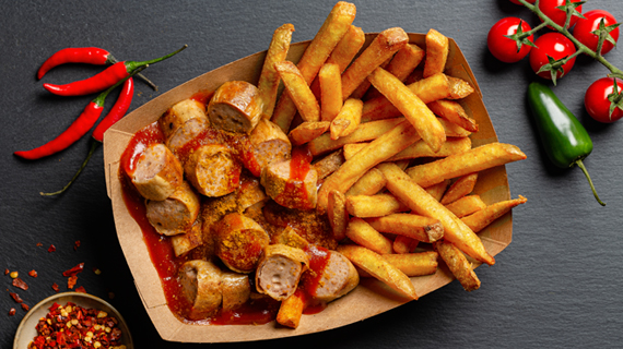 Currywurst_Pommes